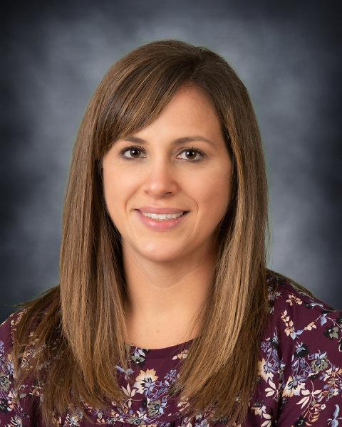 Lisa Mangione : Pre-Kindergarten Teacher